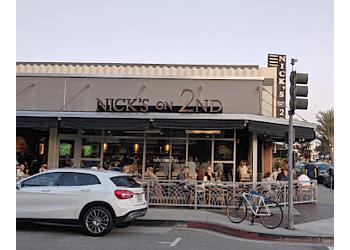 Long Beach american restaurant Nick's on 2nd