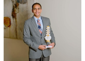 Phoenix pain management doctor Nikesh Seth, MD
