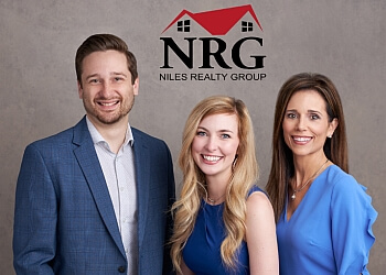 Arlington real estate agent Niles Realty Group