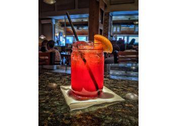 Norfolk american restaurant No Frill Bar And Grill