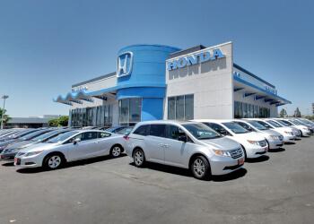 Irvine car dealership NORM REEVES HONDA SUPERSTORE