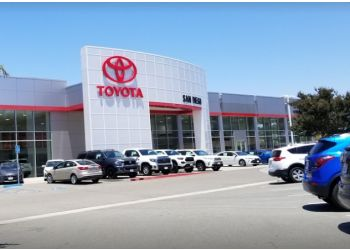 San Diego car dealership Norm Reeves Toyota