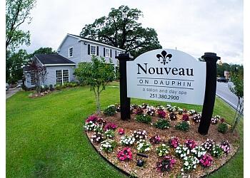 Mobile spa NouVeau Salon & Day Spa