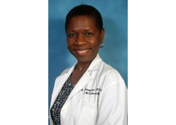 Fort Lauderdale endocrinologist Novelette E. Thompson, MD - Holy Cross Medical Group
