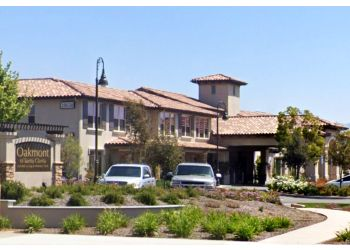 Santa Clarita assisted living facility OAKMONT OF SANTA CLARITA