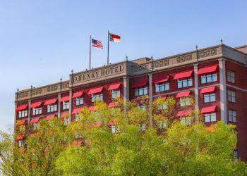 Greensboro hotel O.Henry Hotel