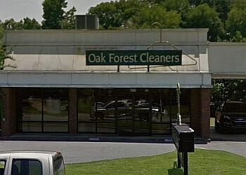 Little Rock dry cleaner  Oak Forest Cleaners