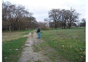 Stockton hiking trail Oak Grove Regional Park Trail