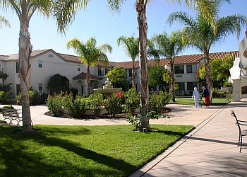 Escondido assisted living facility Oakmont of Escondido Hills