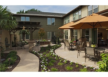 Fresno assisted living facility Oakmont of Fresno