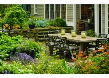 Boston landscaping company Offshoots Inc