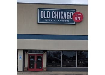 Rockford pizza place Old Chicago Pizza and Taproom