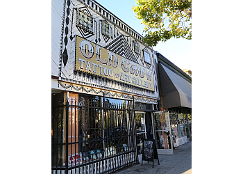 Oakland tattoo shop Old Crow Tattoo and Gallery