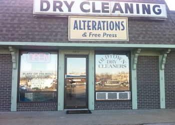 Independence dry cleaner Old Town Cleaners