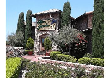Huntington Beach italian restaurant Olive Garden Italian Restaurant
