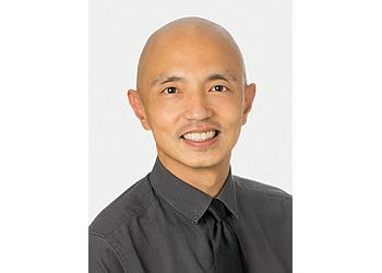 Glendale endocrinologist Oliver L Ong, MD