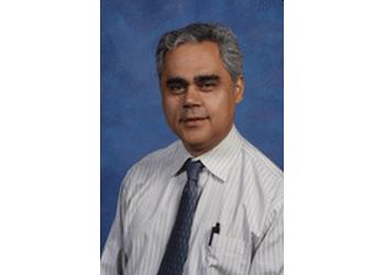 Long Beach neurologist Omid Omidvar, MD