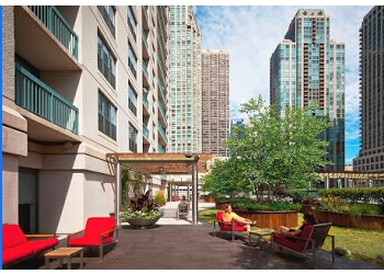 Chicago apartments for rent One Superior Place