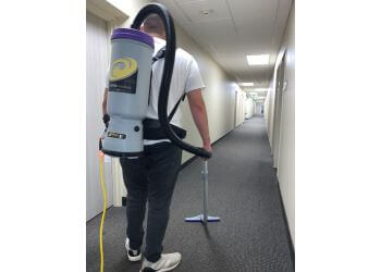 Minneapolis commercial cleaning service Onedesk Cleaning