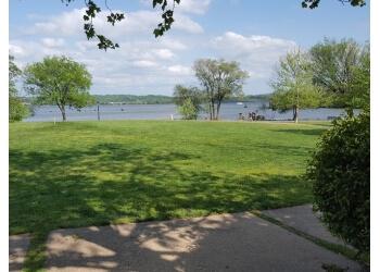 Alexandria public park Oronoco Bay Park
