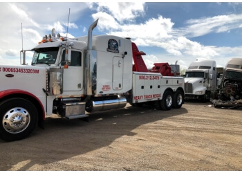Laredo towing company Orozco's Crane Towing & Recovery