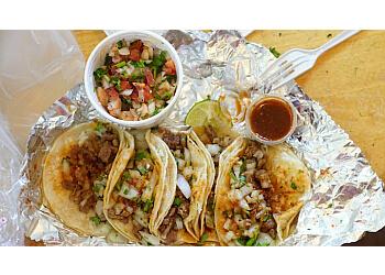 Huntington Beach food truck Oscars Food Truck