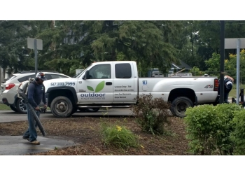 Lansing landscaping company Outdoor Expressions