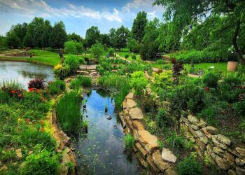 Overland Park places to see Overland Park Arboretum and Botanical Gardens