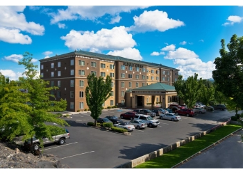 Spokane hotel Oxford Suites