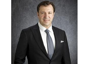 El Paso plastic surgeon Ozan Sozer, MD
