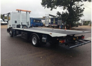 Palmdale towing company PALMDALE FAST TOWING