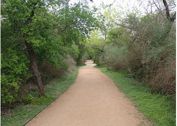 San Antonio hiking trail PHIL HARDBERGER PARK TRAIL