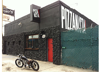 Los Angeles pizza place PIZZANISTA!
