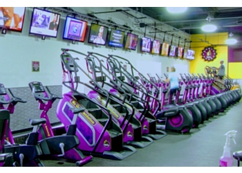 3 best gyms in milwaukee wi  expert recommendations
