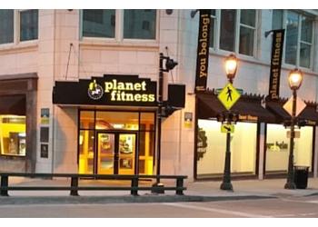 Milwaukee gym Planet Fitness