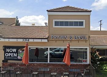 Thousand Oaks thai restaurant  PRAWN & BASIL