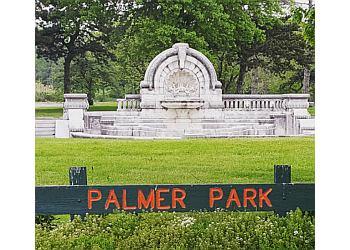 Detroit hiking trail Palmer Park Trail