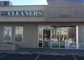 3 best dry cleaners in fort collins co threebestrated palumbo cleaners shirt laundry solutioingenieria Gallery