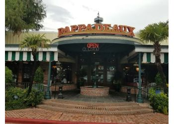 Houston seafood restaurant Pappadeaux Seafood Kitchen