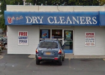 Syracuse dry cleaner Pat's Safeway Dry Cleaning