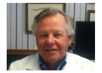 Thousand Oaks neurologist Paul Dudley, MD