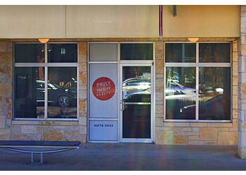 Austin real estate agent Pauly Presley Realty