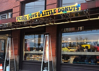 Pittsburgh donut shop Peace, Love & Little Donuts