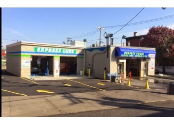 Jersey City auto detailing service Perfecttouch Carwash and Lube Center