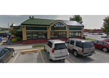 Cedar Rapids cake Perkins Restaurant & Bakery