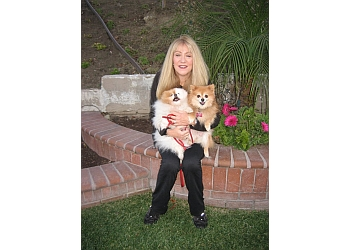 Anaheim dog walker Pet-Sitting with Cynthia
