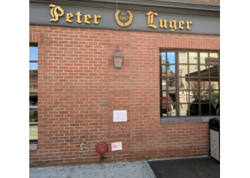 New York steak house Peter Luger steakhouse