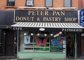 New York donut shop Peter Pan Donut & Pastry Shop