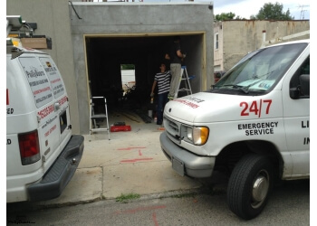 Philadelphia garage door repair PhillyDoors, Inc.