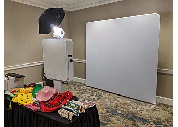 Philadelphia photo booth company Philly Photo Booths